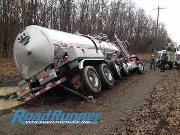 Tanker is really leaning and nearly over prior to heavy duty towing