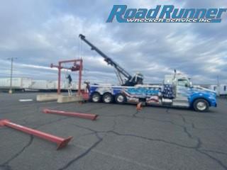 Equipment Moving Needs Crane Service Team